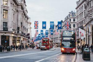 איפה כדאי להשקיע, בלונדון או בניו־יורק?